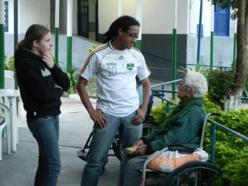 Lar Abrigo Amor a Jesus - Visita de alunos do Polo EAD de Nova Friburgo - 5