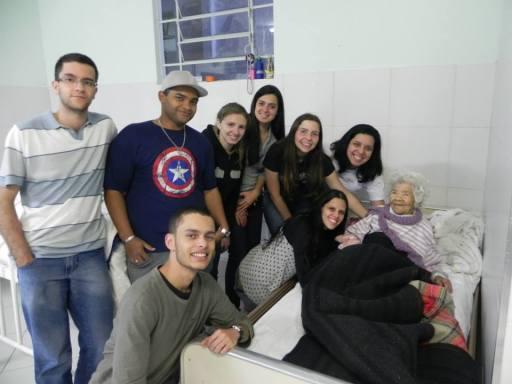 Lar Abrigo Amor a Jesus - Visita de alunos do Polo EAD de Nova Friburgo - 7