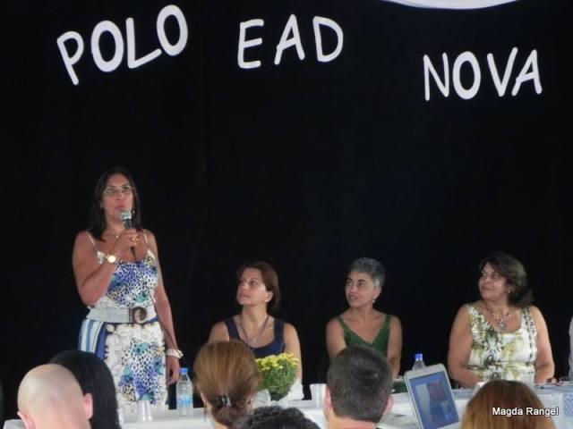 Professora Renata Vasconcellos, tutora da Pedagogia